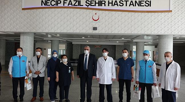 """""""SAĞLIK ÇALIŞANLARINA MEKTUBU VE MORAL ZİYARETİ"""