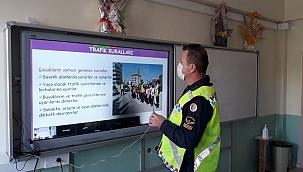 Jandarma Trafik Timleri (EBA) üzerinden trafik eğitimi verdi...