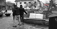 """Danimarka'da Müslüman Gençten Şaşırtıcı Eylem:""""Tüm Müslümanların Terörist Olmadıklarını Göstermek İstedim"""""""